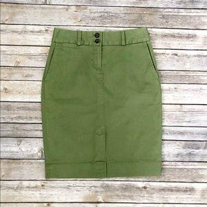 NWOT Green Banana Republic Skirt